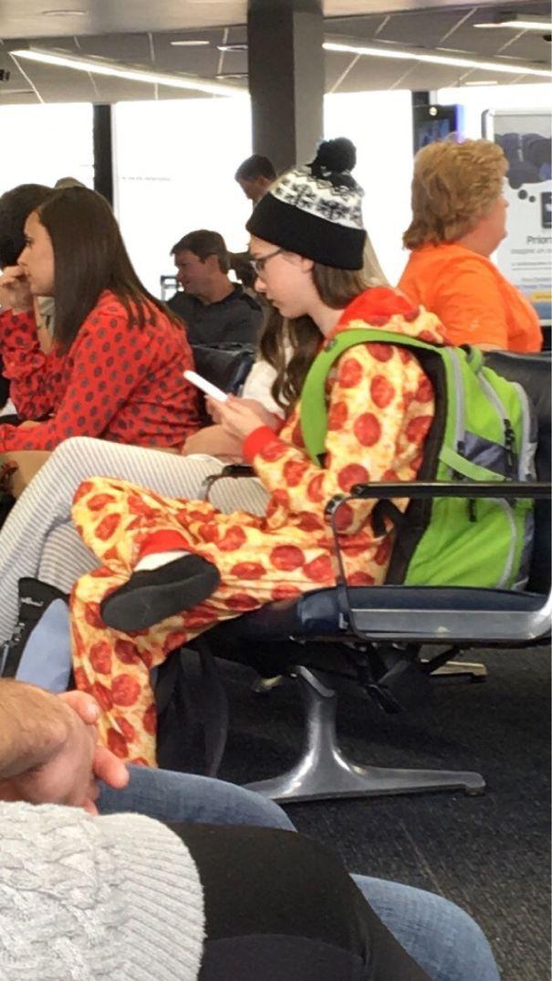 Tổng hợp những hình ảnh kỳ thú chỉ có ở sân bay - Ảnh 12.