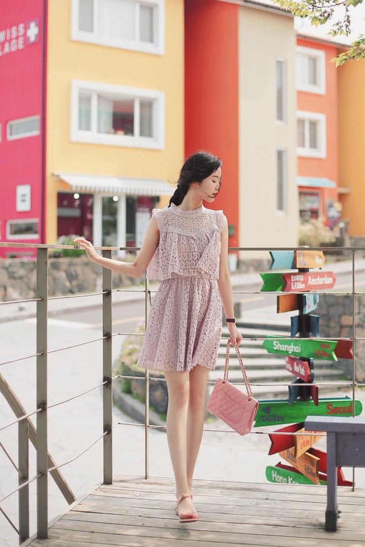 Xuống phố là phải xinh 'chạm nóc', nhất là trong mùa mát tuyệt vời thế này!