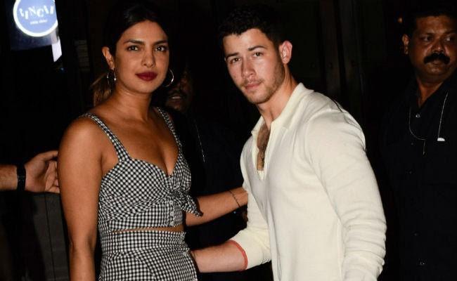 Thêm một mối tình Hollywood thần tốc: Nick Jonas đính hôn với Hoa hậu lớn hơn 10 tuổi sau 2 tháng yêu - Ảnh 1.