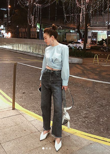 19 chiêu mix&match chất lừ với quần jeans ống rộng, cứ mặc lên là cao thêm cả chục phân chứ chẳng ít - Ảnh 2.