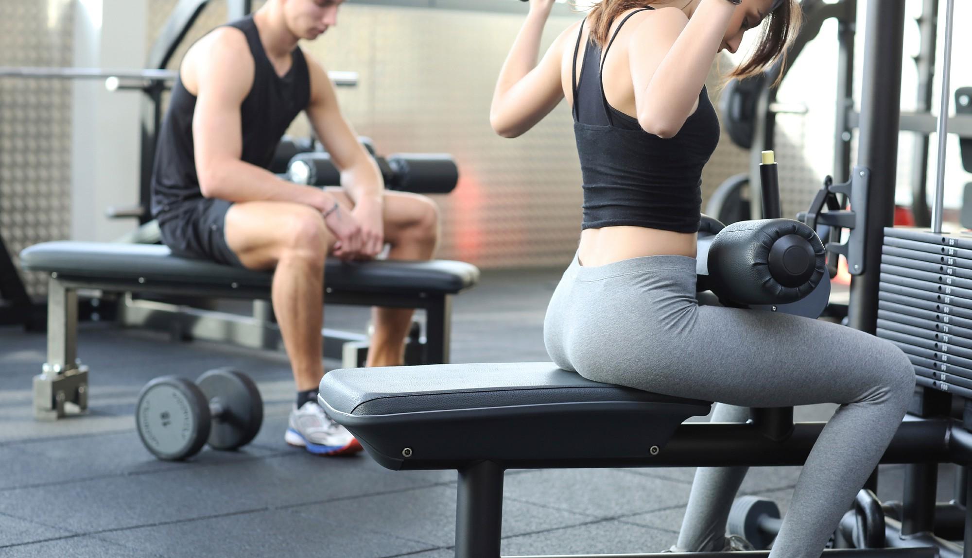 Cần bỏ ngay thói quen tập gym quá sức: đã không hiệu quả lại còn gây hại sức khỏe - Ảnh 2.
