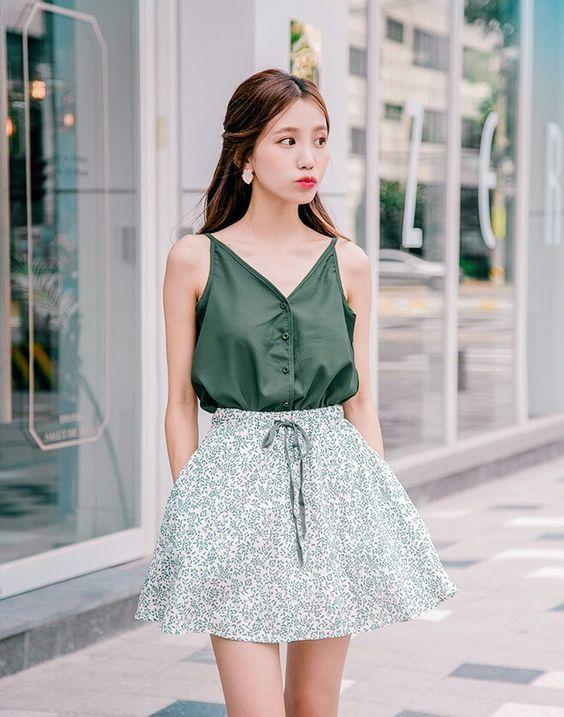 Top 5 kiểu chân váy tôn dáng mà không bao giờ lỗi mốt