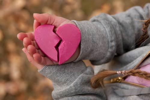 Yêu phải người đàn ông tồi thì chia tay ngay đi, đừng dại để người ta làm đau bạn mãi