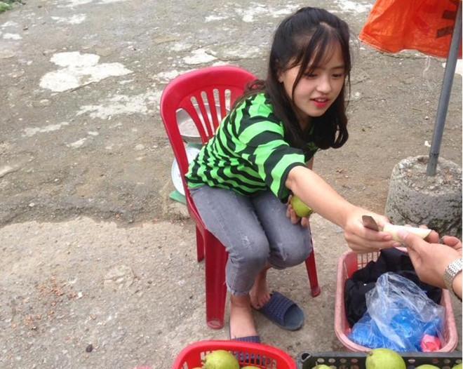 Cô bạn 10X Hà Giang đang khiến mạng xã hội điên đảo gần đây.