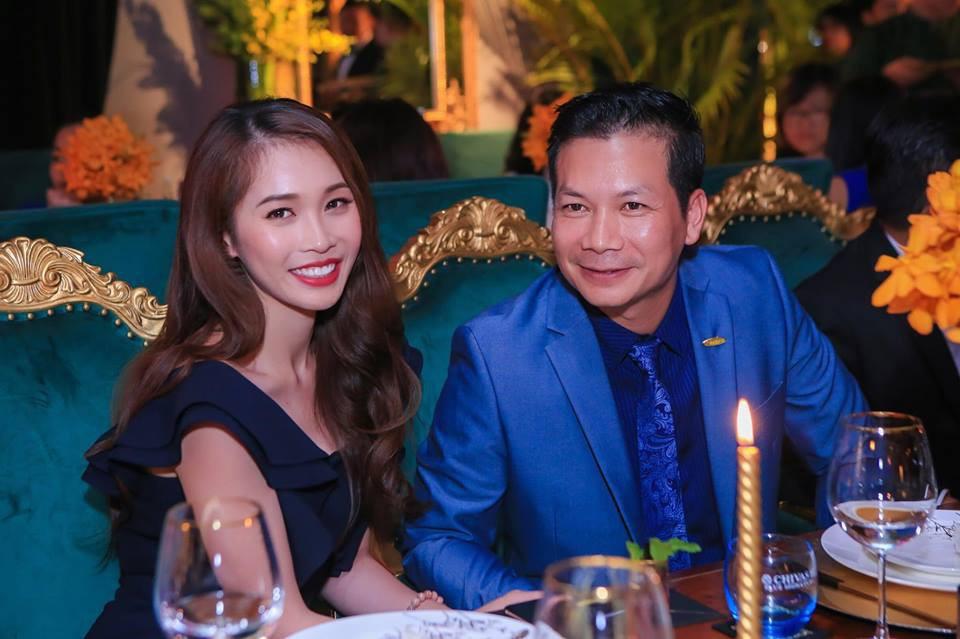 Cuộc sống hạnh phúc, nhiều màu sắc của cô vợ trẻ xinh đẹp chiếm giữ trái tim Shark Hưng sau gần nửa năm về chung nhà - Ảnh 7.