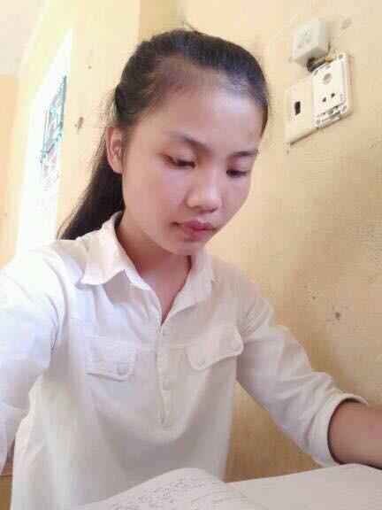 Nữ thủ khoa dân tộc Mường gạt nước mắt từ bỏ giảng đường đại học - Ảnh 1.