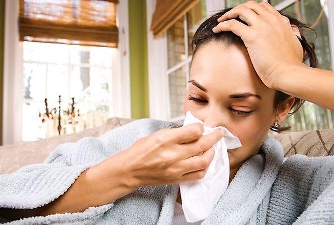Đi du lịch vào mùa này nhớ cẩn thận với 6 căn bệnh cực dễ mắc sau - Ảnh 3.