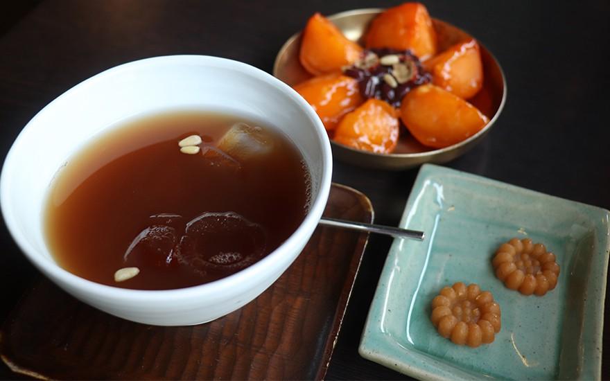 10 món ngon bình dân nhất định phải thử khi chu du Hàn Quốc mùa thu này