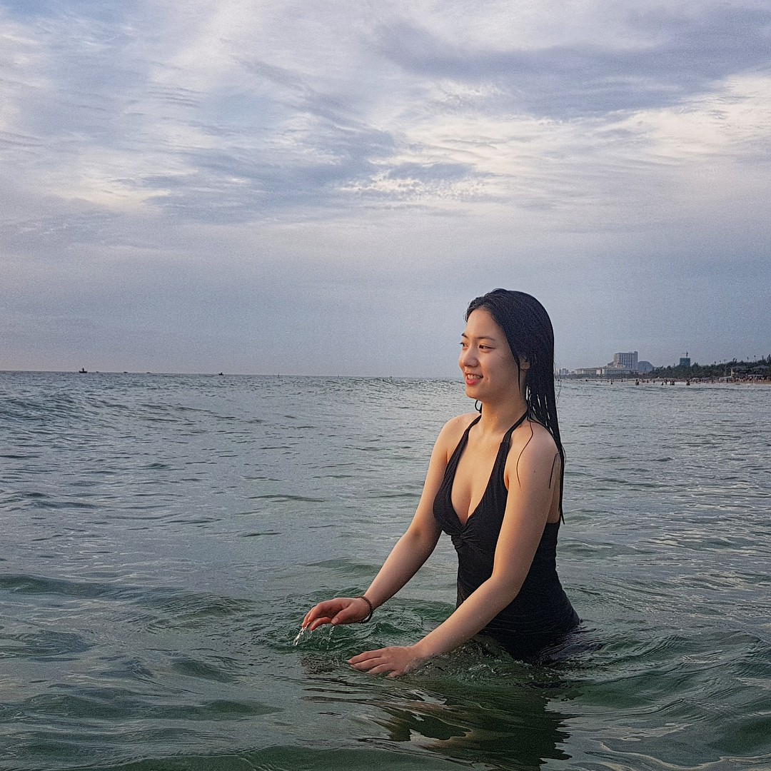 Đà Nẵng nổi lên như một địa điểm vàng, hàng loạt sao Hàn kéo nhau đến du lịch, chụp tạp chí ngày một đông - Ảnh 46.