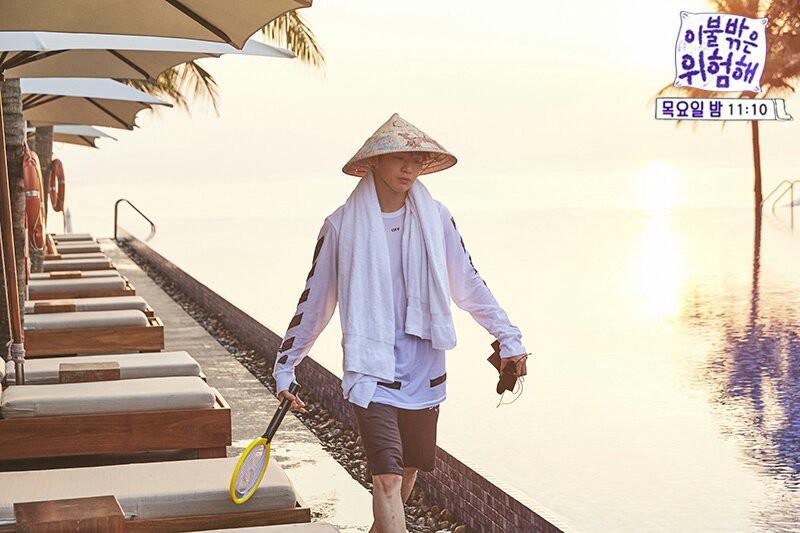 Đà Nẵng nổi lên như một địa điểm vàng, hàng loạt sao Hàn kéo nhau đến du lịch, chụp tạp chí ngày một đông - Ảnh 24.