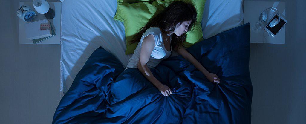 Dành 1/3 cuộc đời để ngủ, vậy bao lâu thì nên giặt ga giường? - Ảnh 3.