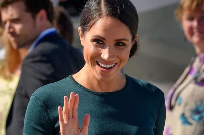 Không chỉ quy định trang phục ngặt nghèo, đến chuyện làm đẹp các nàng dâu Hoàng gia Anh cũng phải tuân theo 4 nguyên tắc này - Ảnh 1.