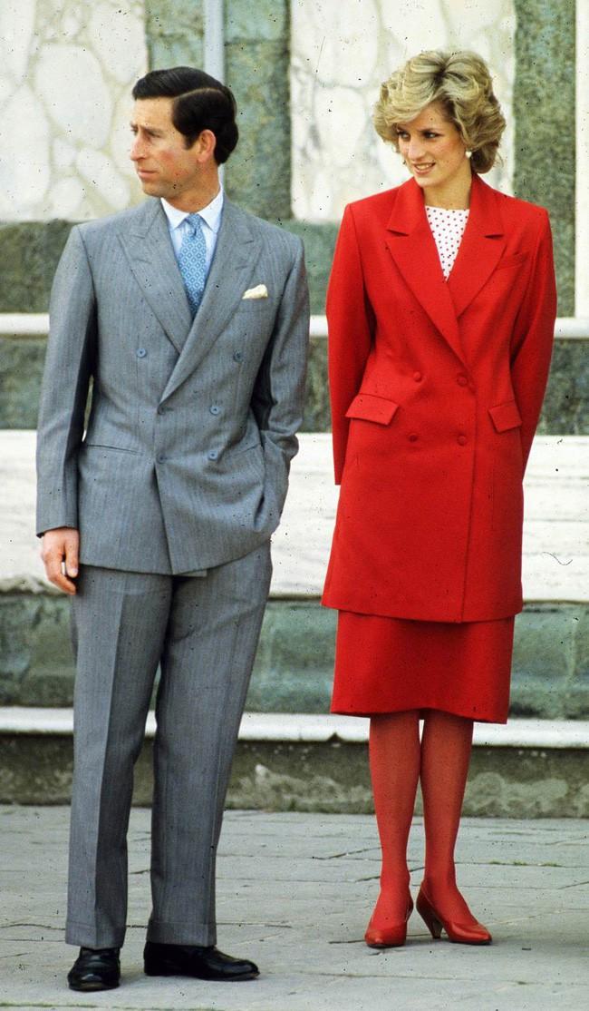 8 bí mật đằng sau phong cách của Công nương Diana sẽ khiến bạn càng nể phục sự tinh tế của bà - Ảnh 4.
