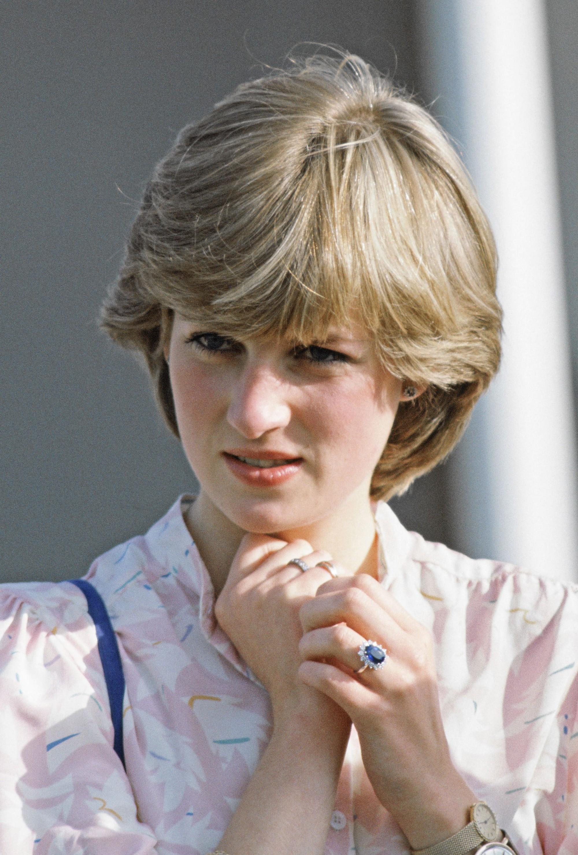 8 bí mật đằng sau phong cách của Công nương Diana sẽ khiến bạn càng nể phục sự tinh tế của bà - Ảnh 1.