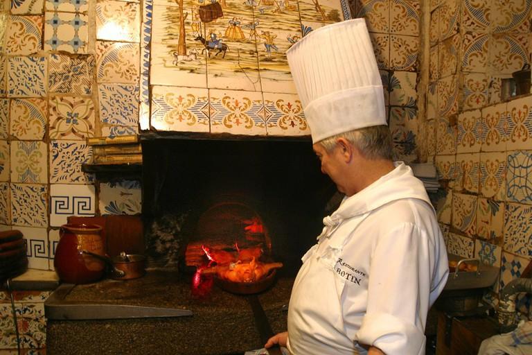 Nhà hàng lâu đời nhất thế giới vẫn đang hoạt động: tồn tại sau gần 300 năm - Ảnh 4.