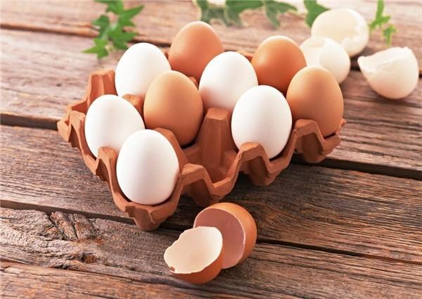 Ai cũng sợ ăn trứng gà làm tăng cholesterol nhưng mỗi ngày ăn một quả trứng gà sẽ nhận được lợi ích ai cũng muốn như sau - Ảnh 3.