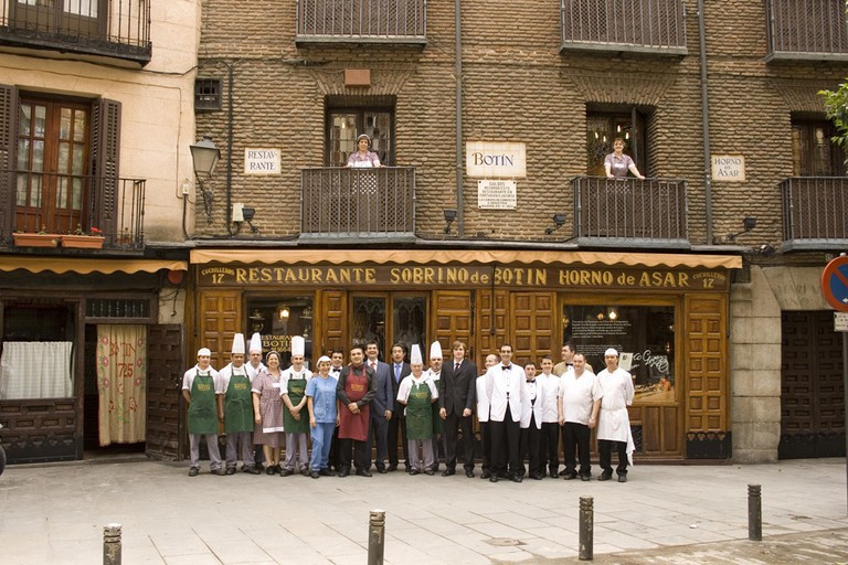 Nhà hàng lâu đời nhất thế giới vẫn đang hoạt động: tồn tại sau gần 300 năm - Ảnh 2.