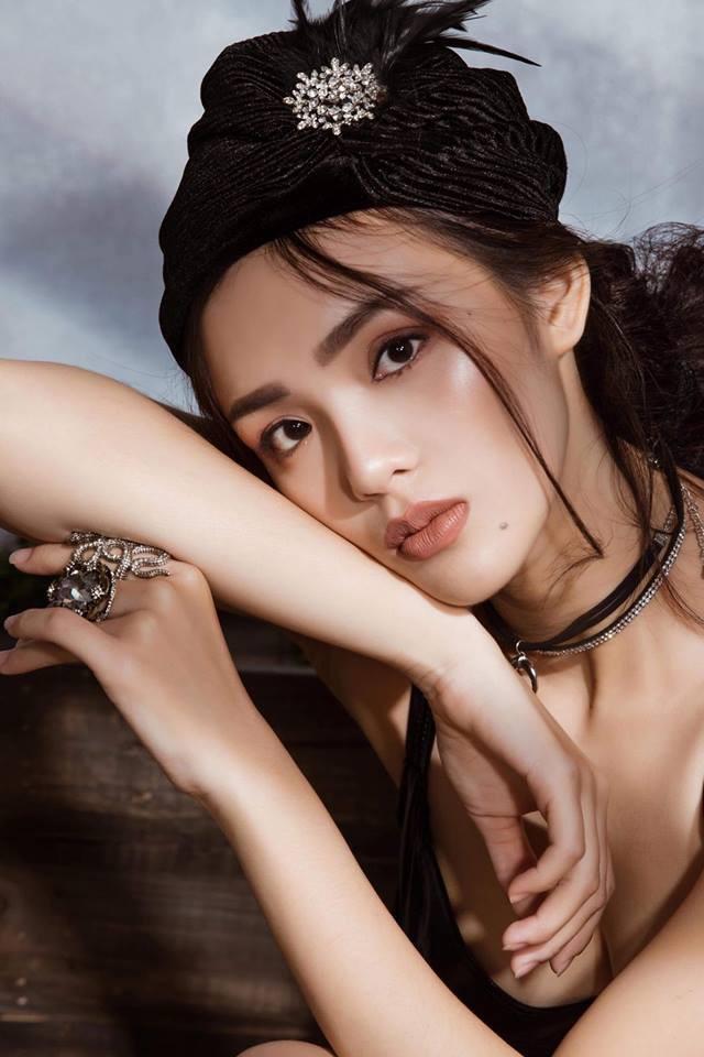 12 năm trước, cô bạn xinh đẹp này từng bị cả nước ghét vì dám tát Angela Phương Trinh trên màn ảnh nhỏ - Ảnh 4.