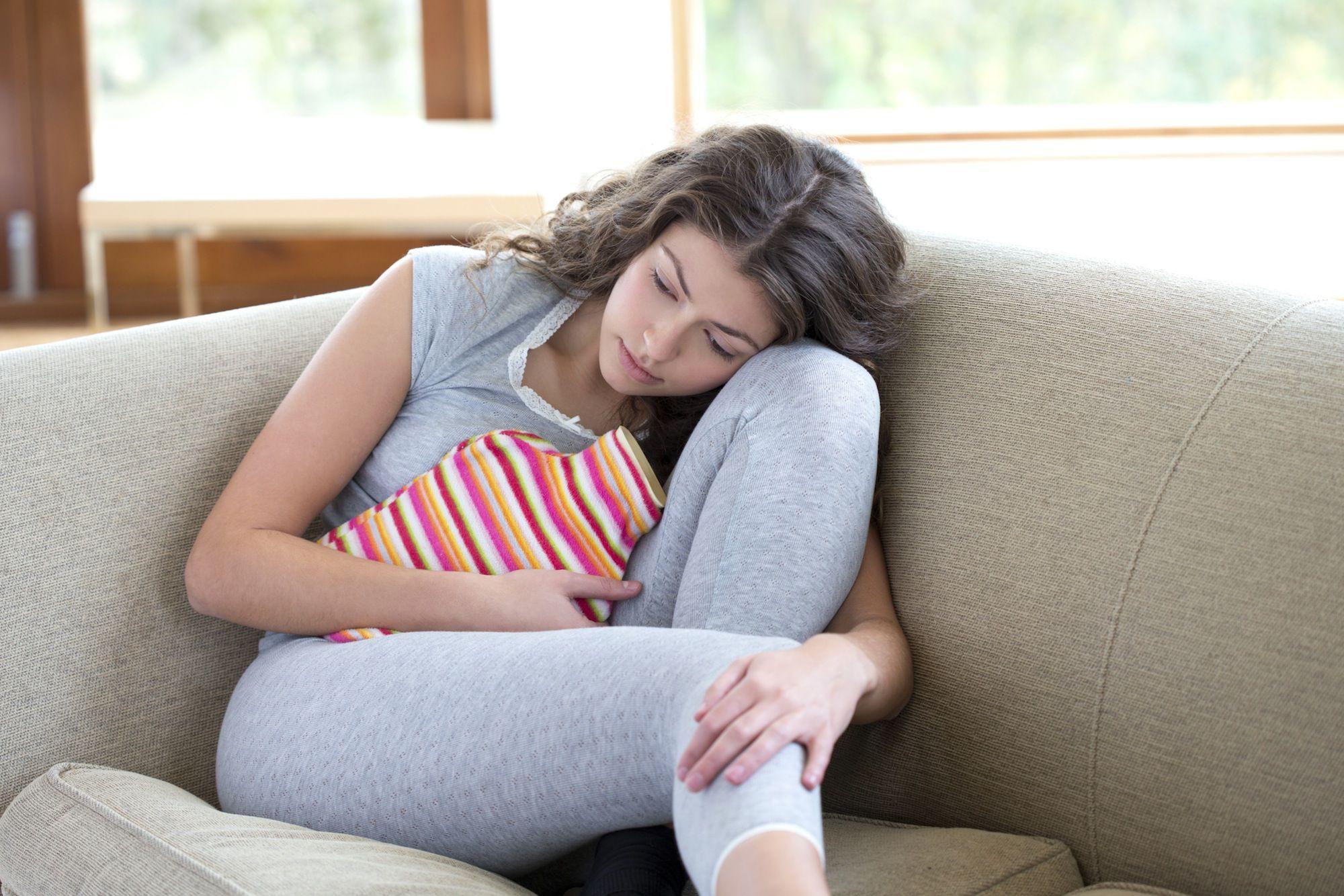 Chu kỳ kinh nguyệt quá ngắn có thể tiết lộ nhiều điều về sức khoẻ của bạn - Ảnh 2.