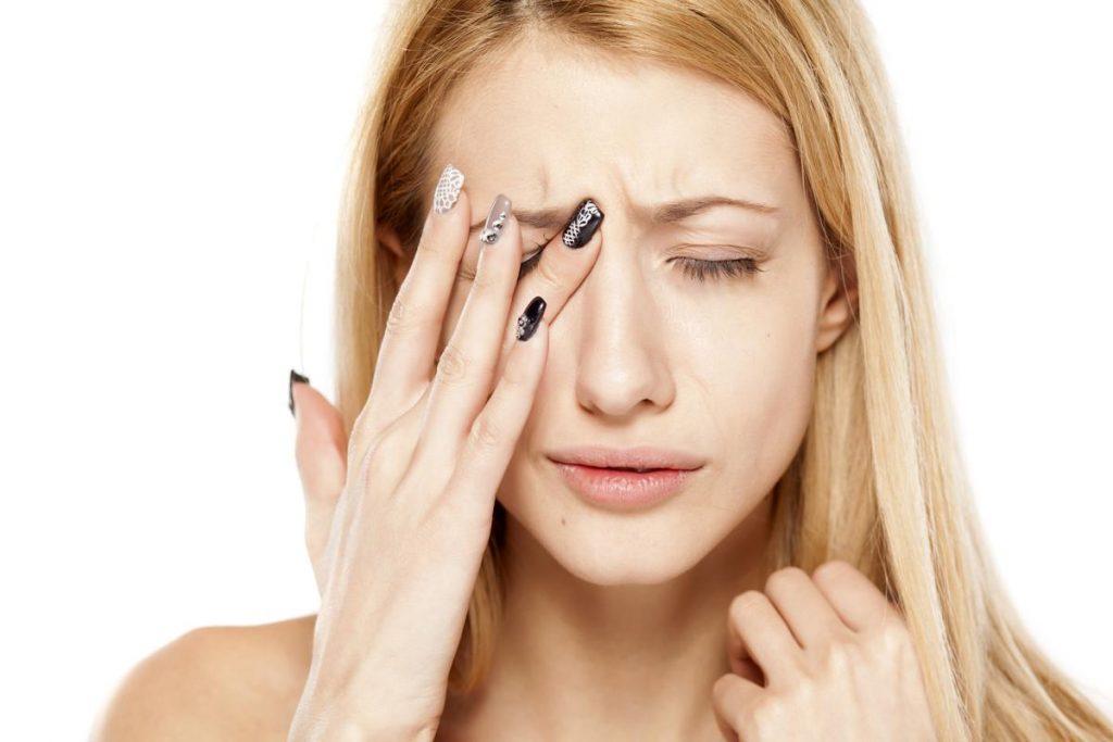 Bảo vệ mắt khỏi nguy cơ lão hóa từ những thói quen hằng ngày – Ishowmetv