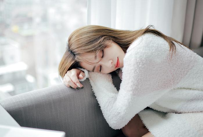 Phương pháp giúp bạn chìm vào giấc ngủ nhanh trong vòng 2 phút
