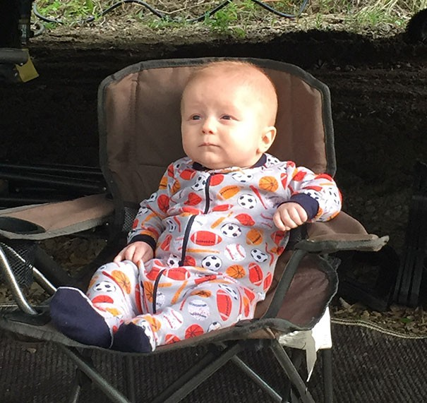 Chùm ảnh: Những em bé sơ sinh có gương mặt già như quả cà, một nhóc còn giống hệt Gordon Ramsay - Ảnh 20.
