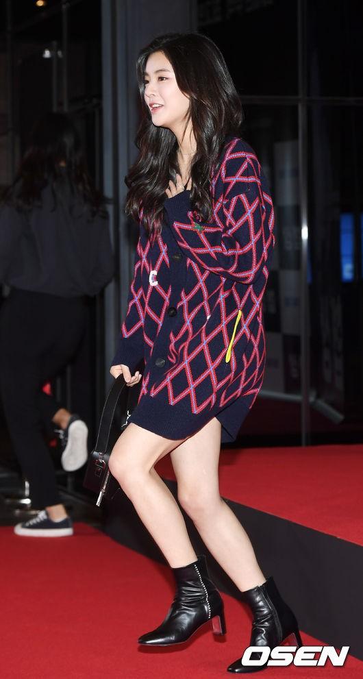 Sự kiện hội tụ dàn sao siêu VIP: Yoona và Park Shin Hye đọ sắc, Jung Hae In bí xị vì Son Ye Jin cặp với Hyun Bin? - Ảnh 28.