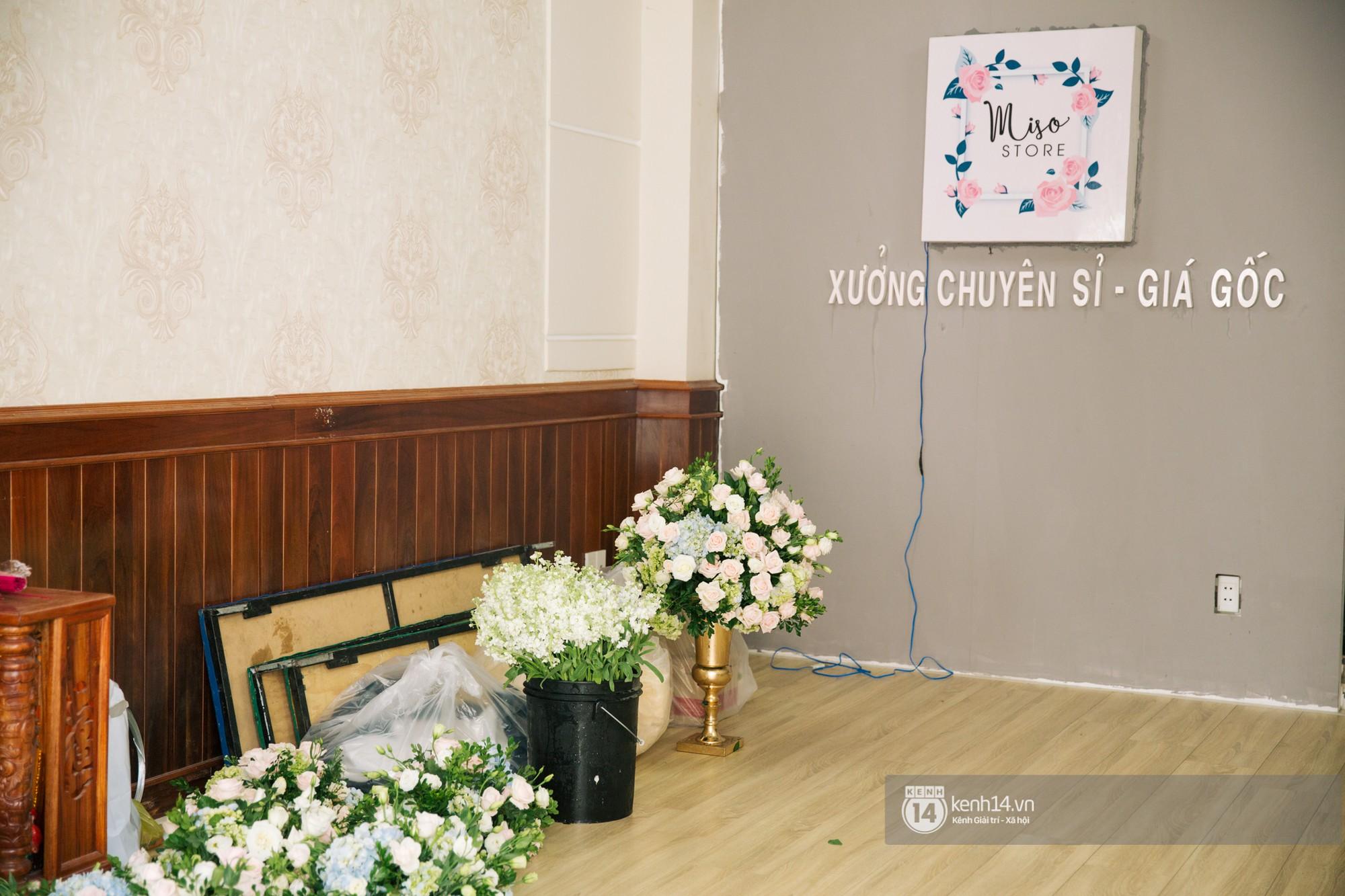 Cưới Trường Giang Nhã Phương: Nhà cô dâu bày trí cho hôn lễ chiều nay - Ảnh 4.