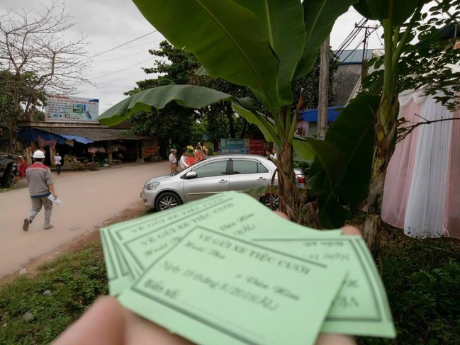 Từ Hà Nội về Quảng Ninh dự đám cưới người yêu cũ, thanh niên ngỡ ngàng được giao trông bãi xe - Ảnh 2.