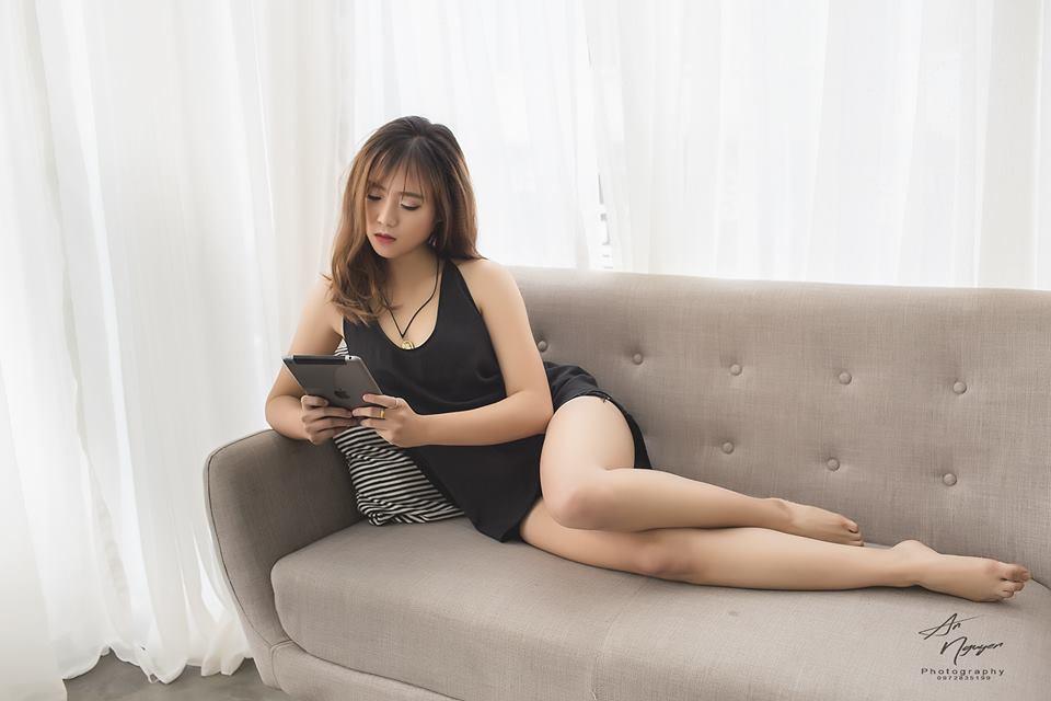 Nữ streamer người Tày xinh đẹp và gợi cảm, là cựu sinh viên ĐH Bách Khoa - Ảnh 2.