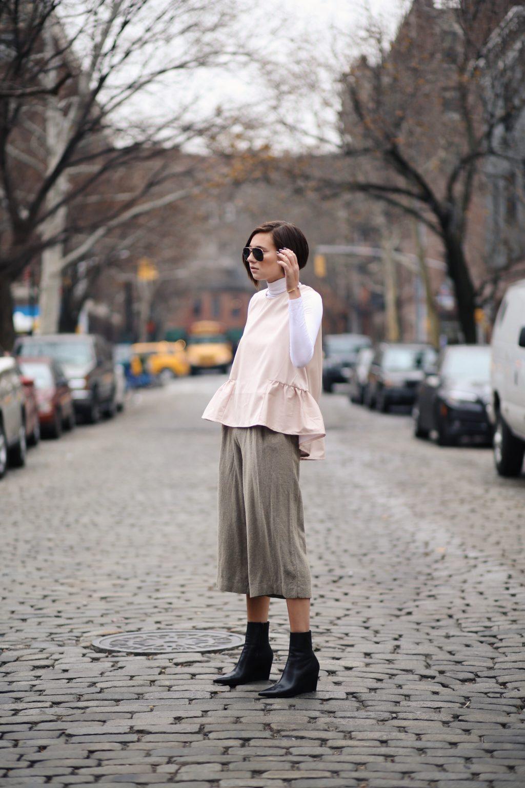 cách-mặc-đồ-đẹp-với-quần-lửng-ống-rộng-peplum-1024x1536