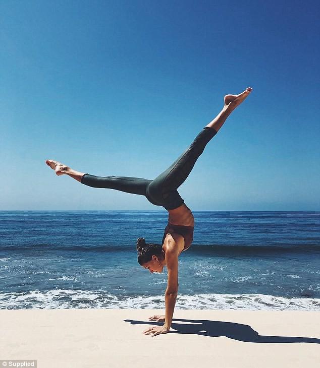 Yoga đã cứu sống người đẹp này: Từ chỗ trầm cảm với cảm giác vô dụng trở thành ngôi sao có tới 1,4 triệu lượt follow trên mạng xã hội - Ảnh 3.