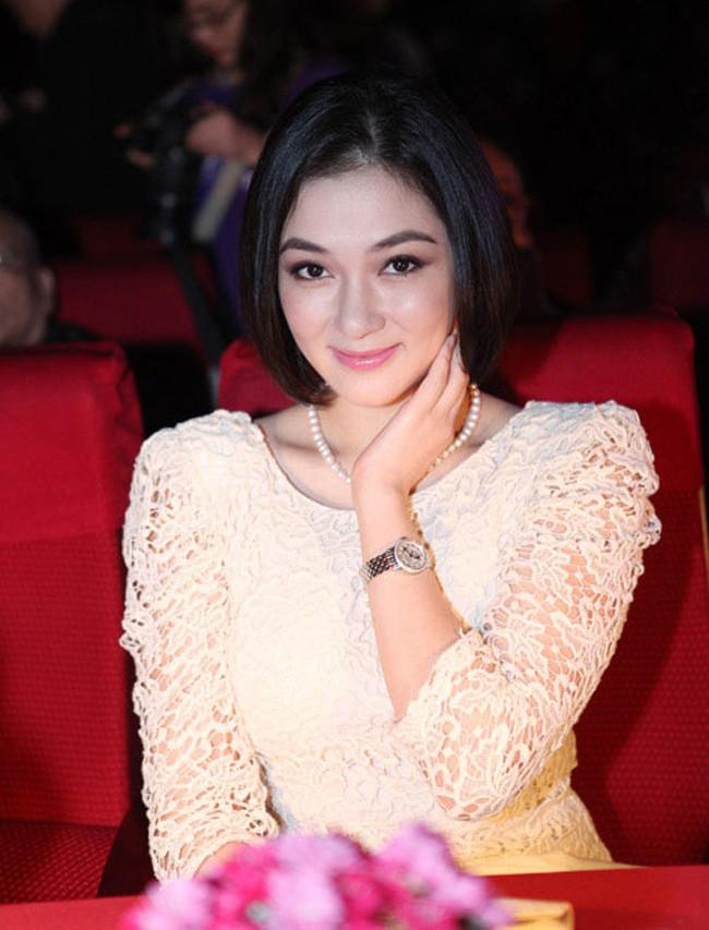 Dám làm việc mà cả trăm Hoa hậu đều ngại ngần, Mỹ Linh và Jolie Nguyễn đều thăng hạng phong cách vù vù! - Ảnh 19.