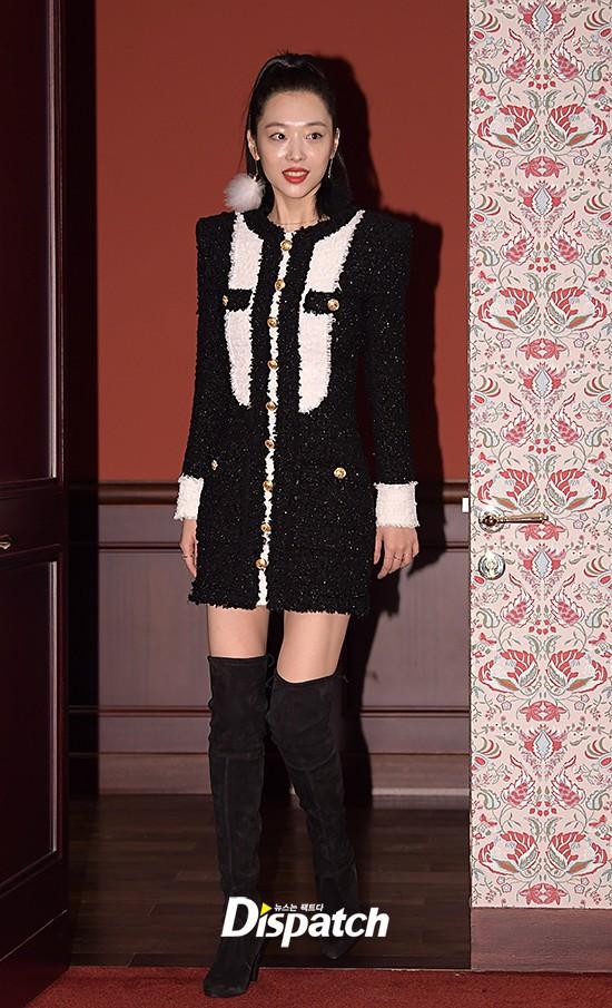 Nhìn thì đơn giản nhưng chỉ những nàng chân dài, dáng đẹp mới có thể diện được mẫu váy này - Ảnh 8.
