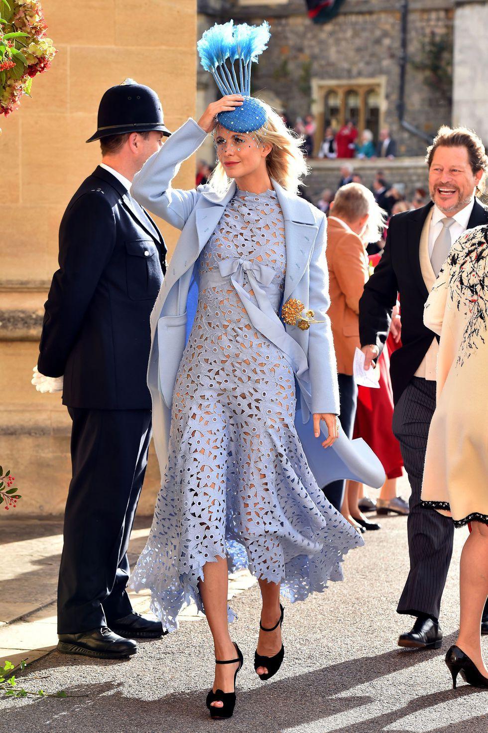 Đám cưới Công chúa Eugenie: Cara Delevingne chơi trội diện đồ nam, làm lu mờ cả Công nương Kate và Meghan - Ảnh 6.