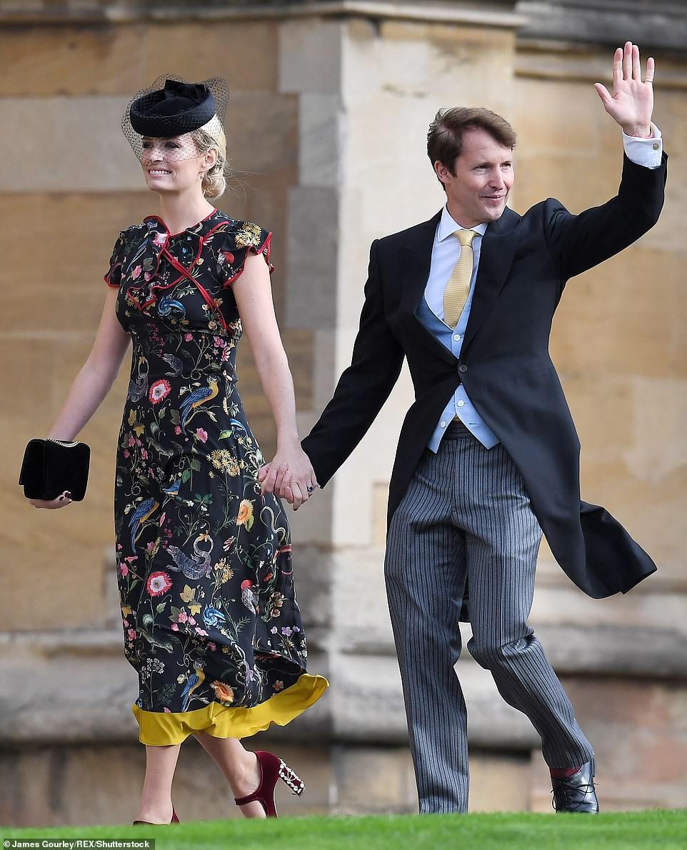 Đám cưới Công chúa Eugenie: Cara Delevingne chơi trội diện đồ nam, làm lu mờ cả Công nương Kate và Meghan - Ảnh 17.
