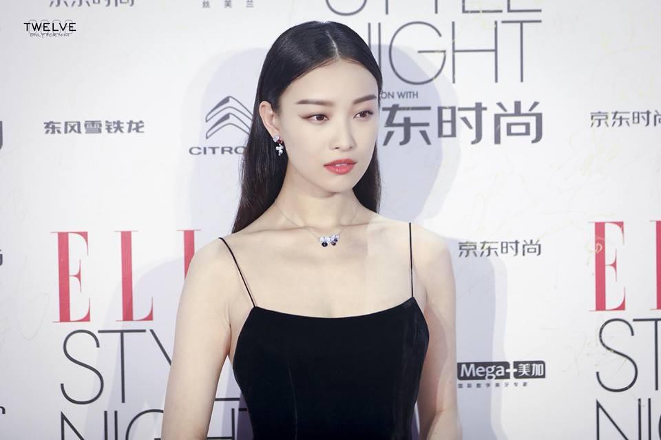 Nghê Ni trở thành cô gái đáng thương nhất ngày hôm nay vì Phùng Thiệu Phong kết hôn với Triệu Lệ Dĩnh - Ảnh 5.
