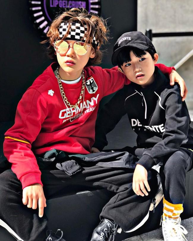 Cứ đến Seoul Fashion Week, dân tình chỉ ngóng trông street style vừa chất vừa yêu của những fashionista nhí này - Ảnh 6.