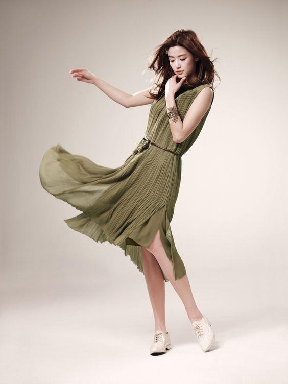Là gái 2 con mà mợ chảnh Jeon Ji Hyun vẫn đẹp nuột nà khiến chị em tròn xoe mắt nhờ bí quyết giữ dáng này - Ảnh 9.