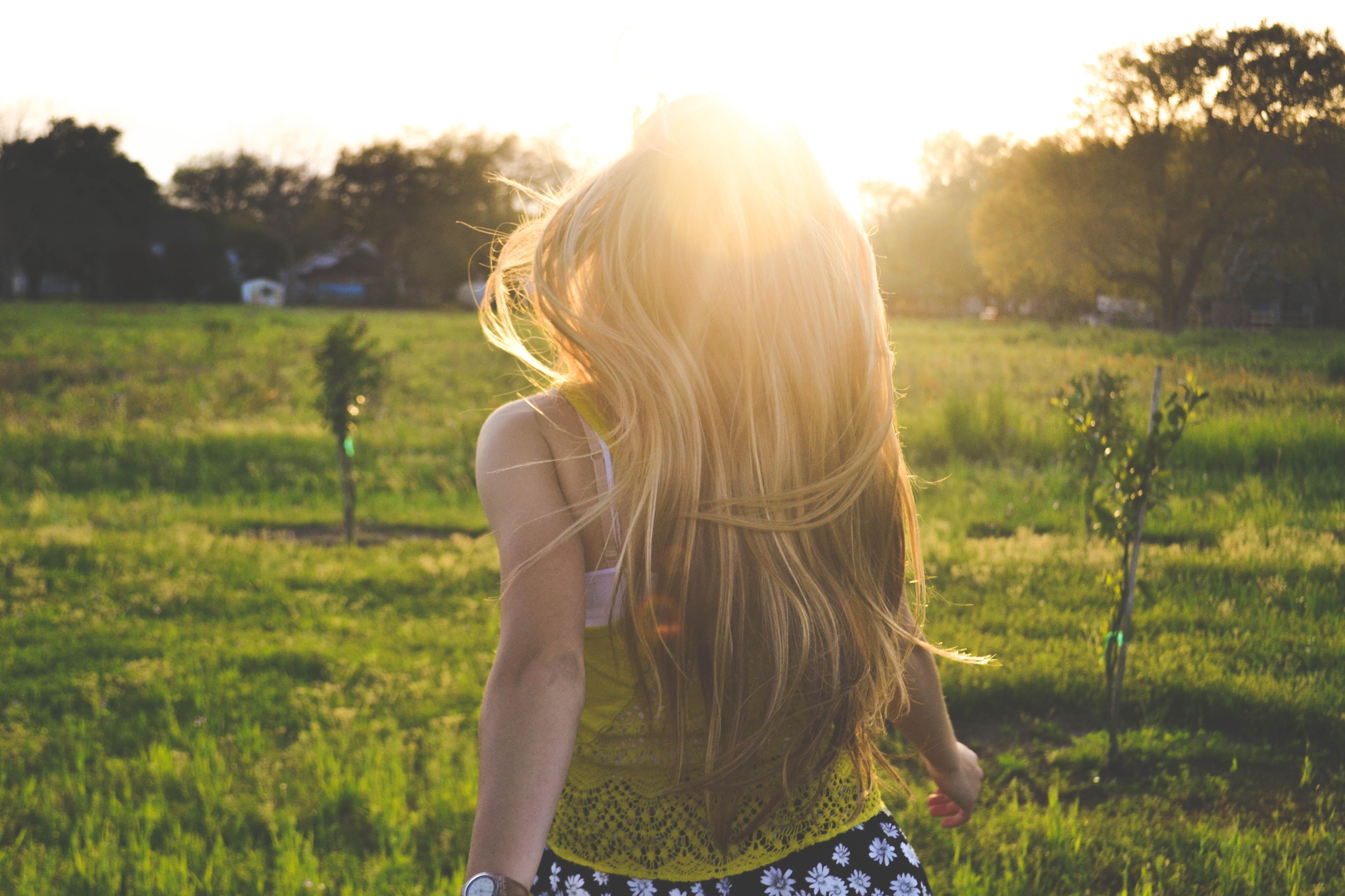 Từ trong sâu thẳm tâm hồn mình, bất cứ cô gái nào cũng đều khao khát tình yêu - Ảnh 2.