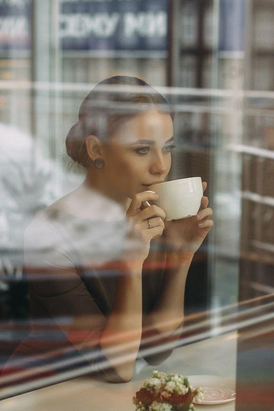 Объявлены победители фотоконкурса «Незнакомка в кофейне»