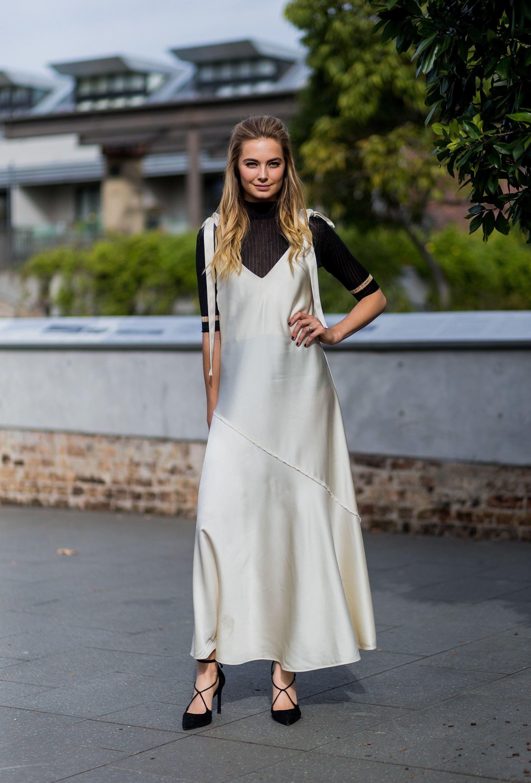 Áo cổ lọ và váy slip dress 14