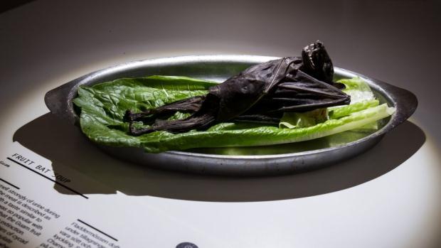 4 món ăn cực quen thuộc của Việt Nam bất ngờ xuất hiện trong bảo tàng những món ăn kinh dị tại châu Âu 9