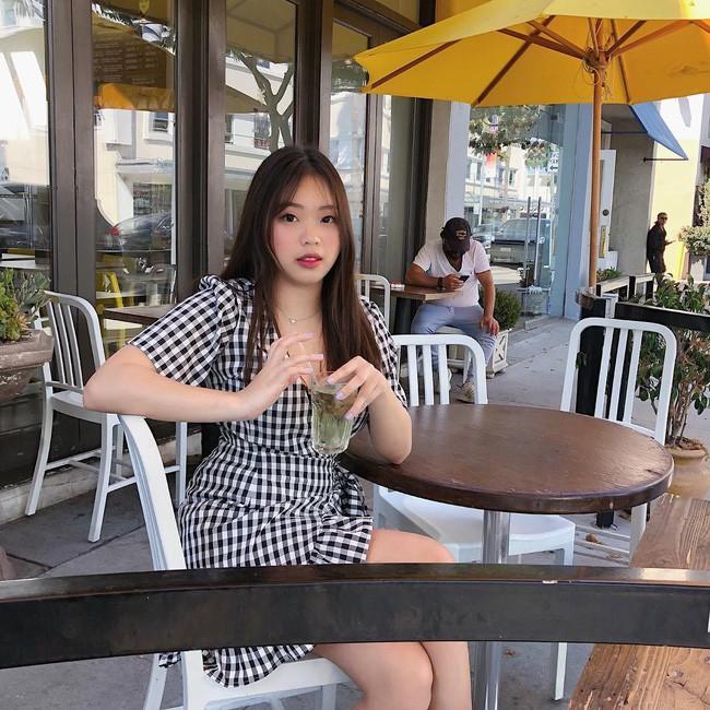 Con gái sinh năm 2000 của Hoa hậu Thu Hoài: Ở Việt Nam thì mũm mĩm, sang Mỹ lại lột xác bất ngờ! - Ảnh 6.