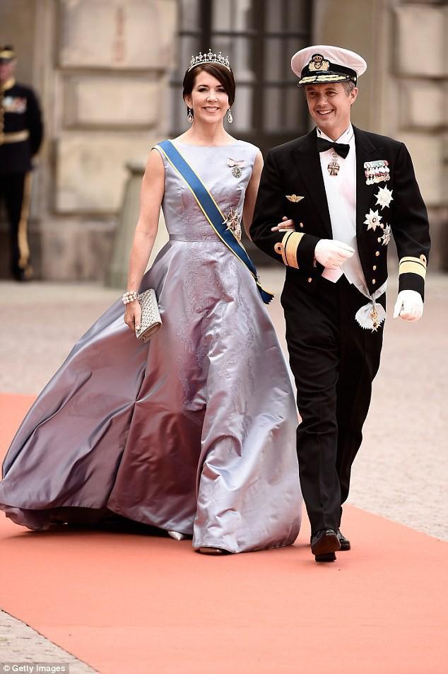 """Bước chân vào gia đình hoàng tộc, những """"bóng hồng"""" thường dân này đã chứng minh rằng: Đâu cứ phải môn đăng hộ đối mới hạnh phúc viên mãn - Ảnh 3."""