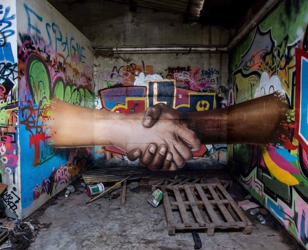 Khi những bức tường nhàm chán được thổi hồn bằng tranh vẽ, ai đi qua cũng sẽ phải ngoái nhìn - Ảnh 11.