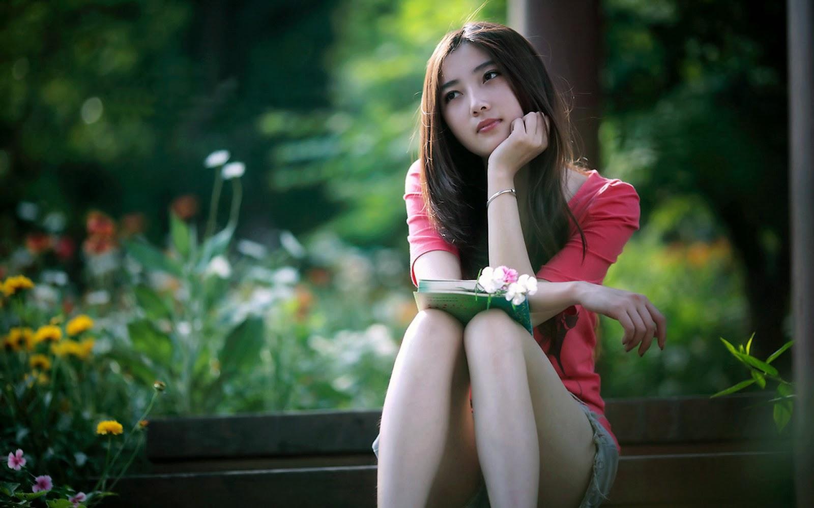 Gửi những người phụ nữ còn đang loay hoay trong khổ đau: Cuộc đời ngắn, đừng nghĩ dài! - Ảnh 2