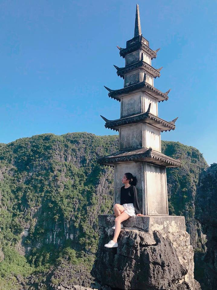 Tọa độ check-in hot nhất ở Ninh Bình: Hùng vĩ và ảo diệu không thua gì cảnh phim cổ trang - Ảnh 7.