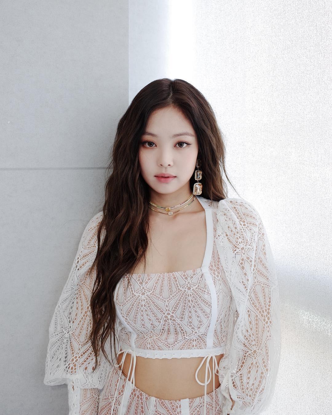 Jennie (Black Pink): So sánh Jennie hoạt động với Black Pink và solo - Ảnh 10.