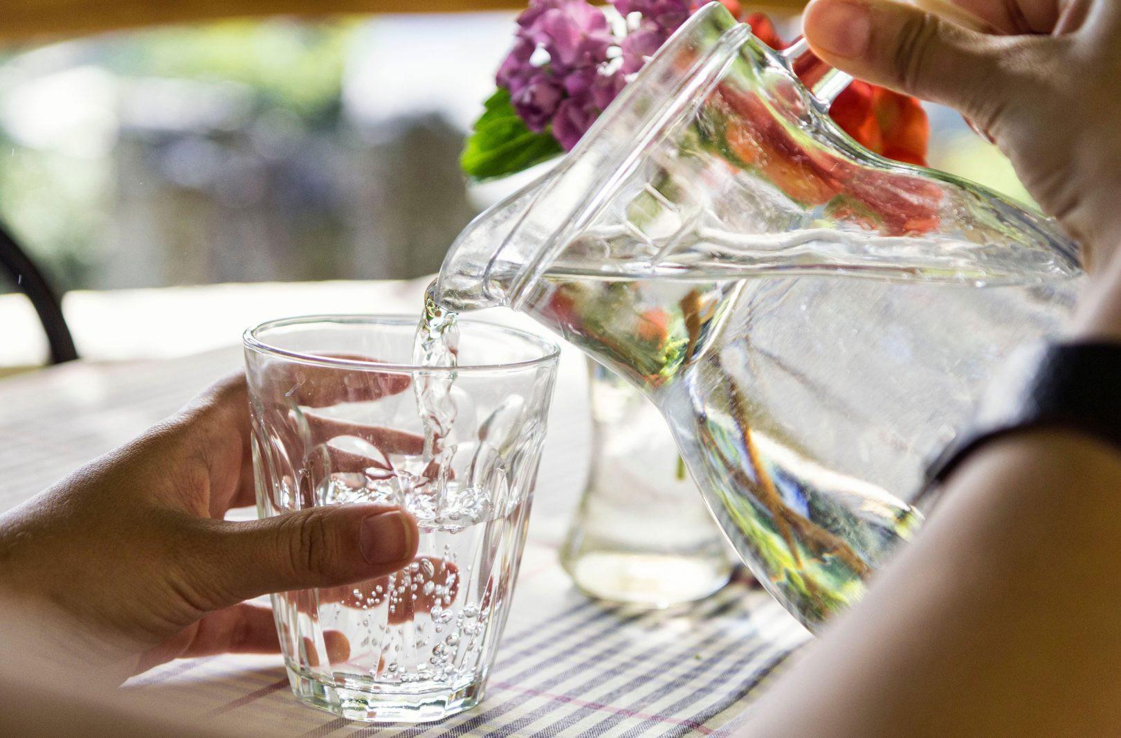 5 loại nước mà bạn nên uống trước khi ăn để giảm cân thật dễ dàng - Ảnh 1.